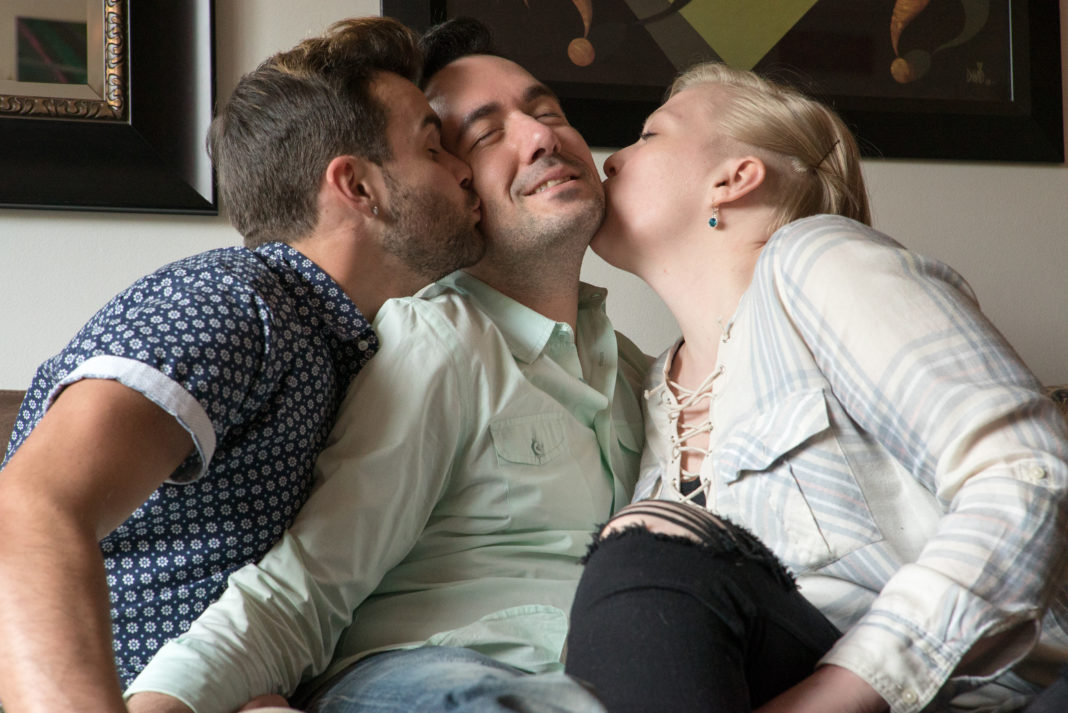 Question interesting, couple wants a threesome with woman very pity